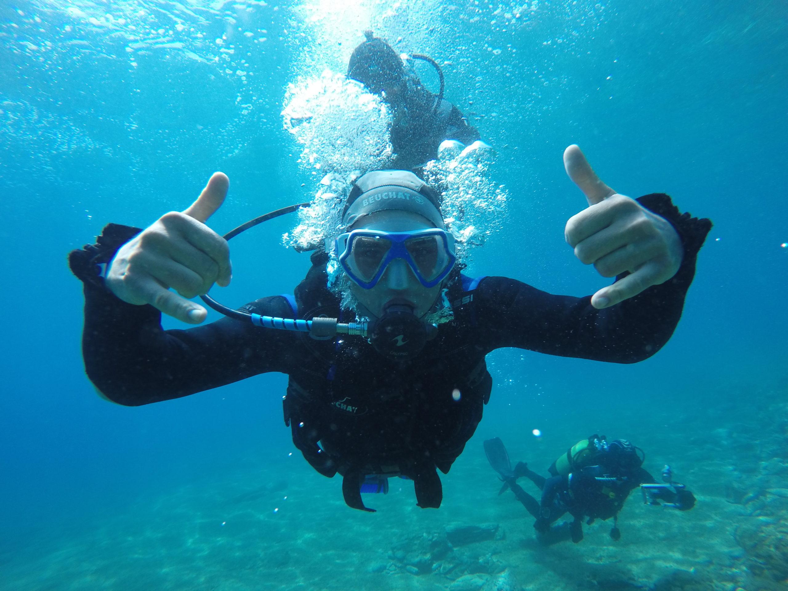 Discover scuba diving image